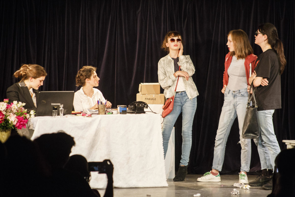 Stages Ados théâtre & cinéma atelier juliette moltes